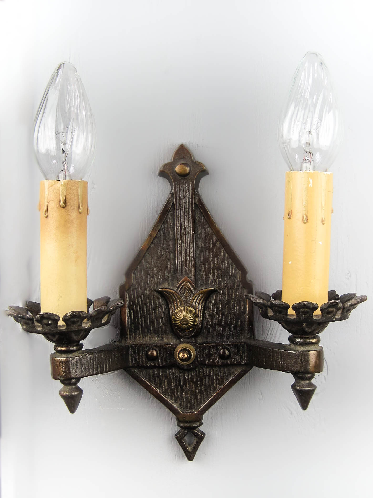 Double Arm Cast Iron Wall Sconce Single