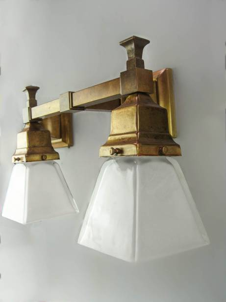 Reproduction_Arts_Crafts_Double_Arm_Sconce_Profile